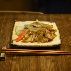 黒酢の野菜炒め(酢豚風)