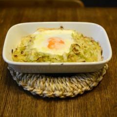 キャベツと卵のチーズグラタン