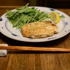 鶏ひき肉と豆腐のハンバーグ